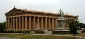 The Parthenon in Nashville's Centennial Park. Image courtesy of Dave Pape of the Wikimedia Commons.